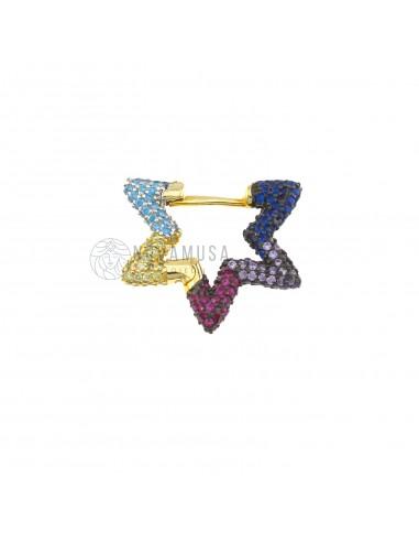 Orecchino mono stella con zirconi multicolor in argento 925 sterling, con placcatura in oro giallo.