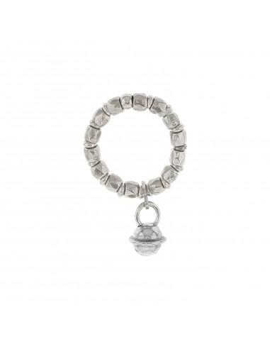 Anello elastico con pepite, rondelle e chiamangeli pendente in argento 925 placcato oro bianco.
