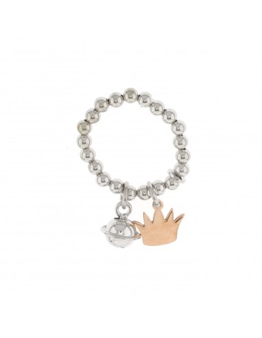 Anello elastico a sfere con corona a lastra incisa e sonaglino pendenti in argento 925 placcato oro bianco e rosa.