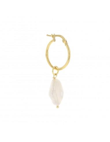 Mono orecchino con perla pendente in argento 925 placcato oro giallo.