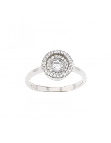Anello con doppio giro di zirconi e zircone centrale da 5 mm in cornice di zirconi bianchi placcato oro bianco in argento 925